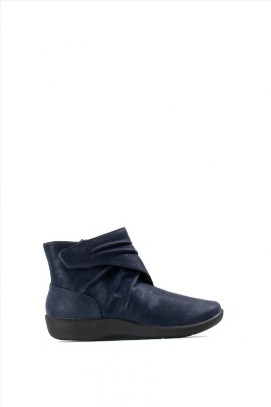 Γυναικεία Ankle Boots CLARKS SILIAN TANA NAVY SYNTHETIC
