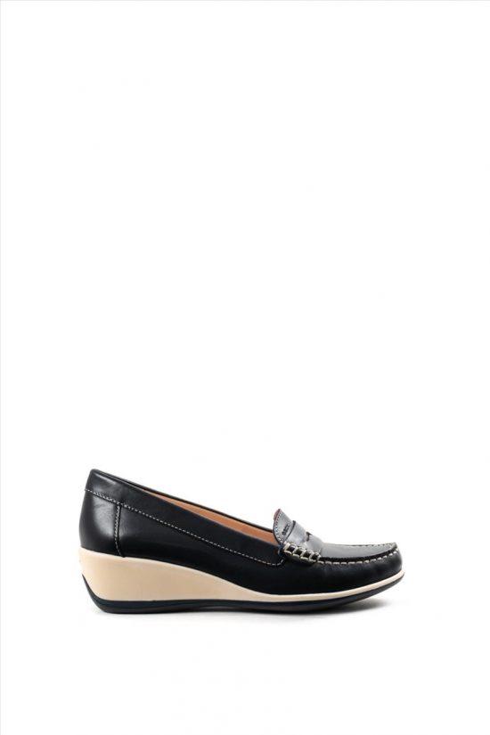 Γυναικεία Δερμάτινα Loafers GEOX - ARETHEA D621SB 00043 C4002